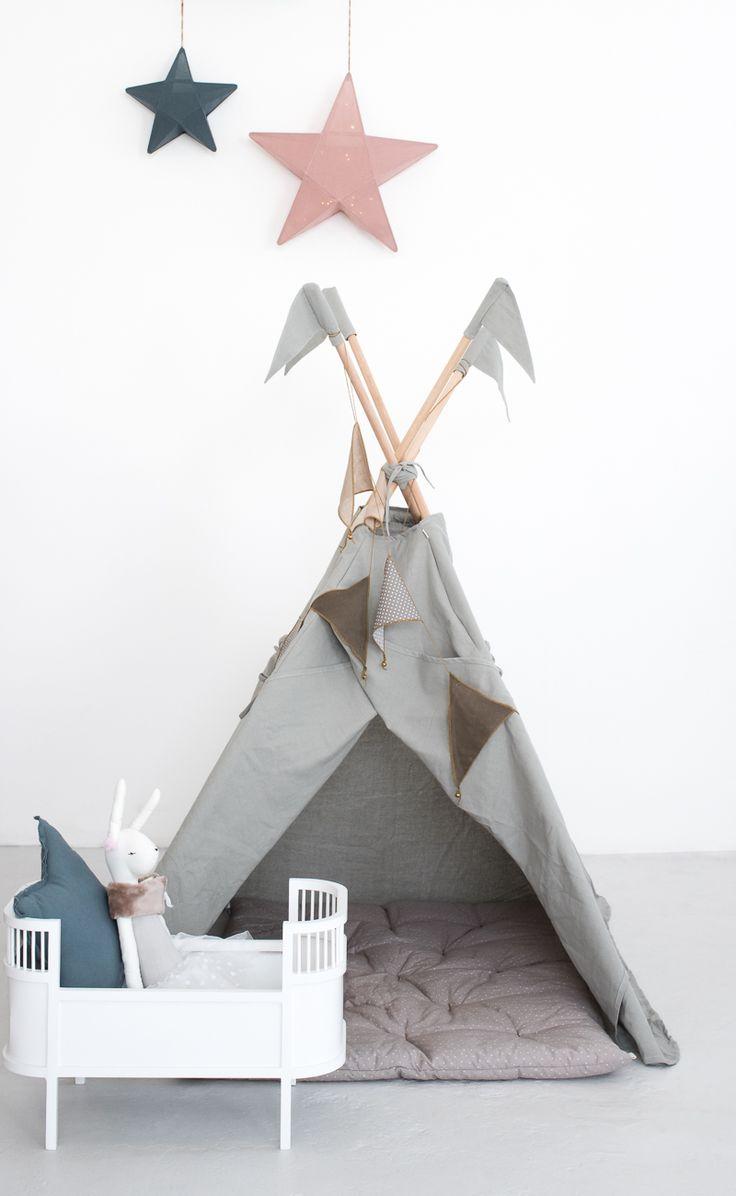 meer dan 1000 idee n over tipi kinderen op pinterest tipi 39 s en tipi tent. Black Bedroom Furniture Sets. Home Design Ideas