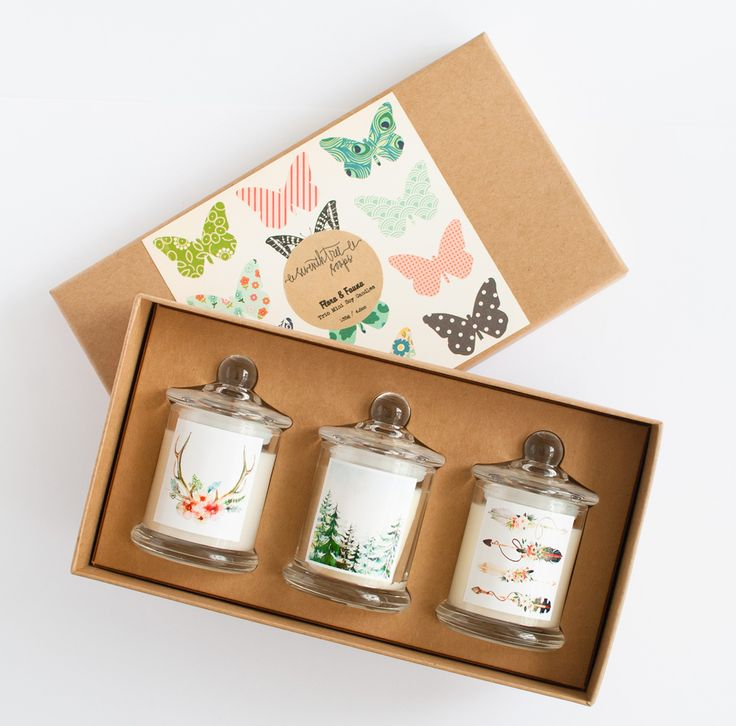 "FLORA & FAUNA Trio Mini Soy Candle Gift Set Each mini candle contains 45g of eco friendly soy wax.  Flora & Fauna Gift Set contains the following: -->""Hunt & Gather"" soy candle is scented with Sweet Pea & Vanilla, the essence of a cool spring morning. Sweet Peas in full bloom with the sensuous freshness of just-ripe pears, crisp rhubarb, fragrant freesias, bright orange blossom and rounded out with a drop of luscious vanilla. -->""Into the Wild"" soy candle is scented with Cedarwood & Euc..."