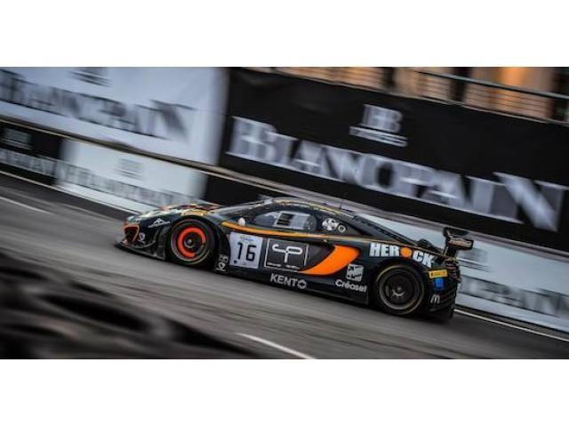 McLaren MP4 12C GT3 for sale
