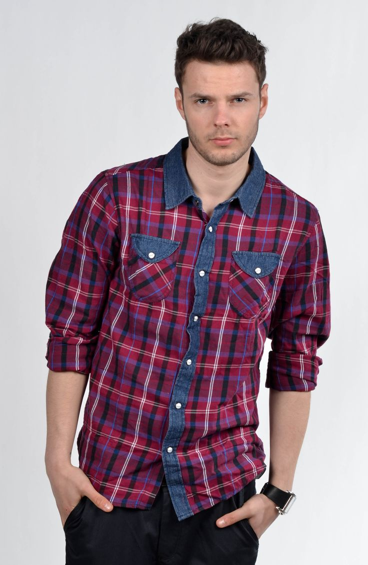 Red checkered shirt- the most universal part of men's wardrobe