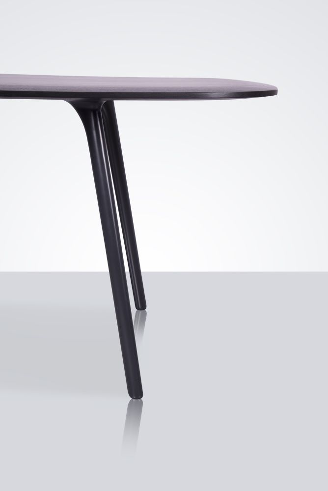 The organic profile of the Mix table's cast aluminium leg and tapered edge of its solid oak top lend a sculptural quality and tactile appeal to this pared back range of meeting tables. Simple, functional, beautiful.