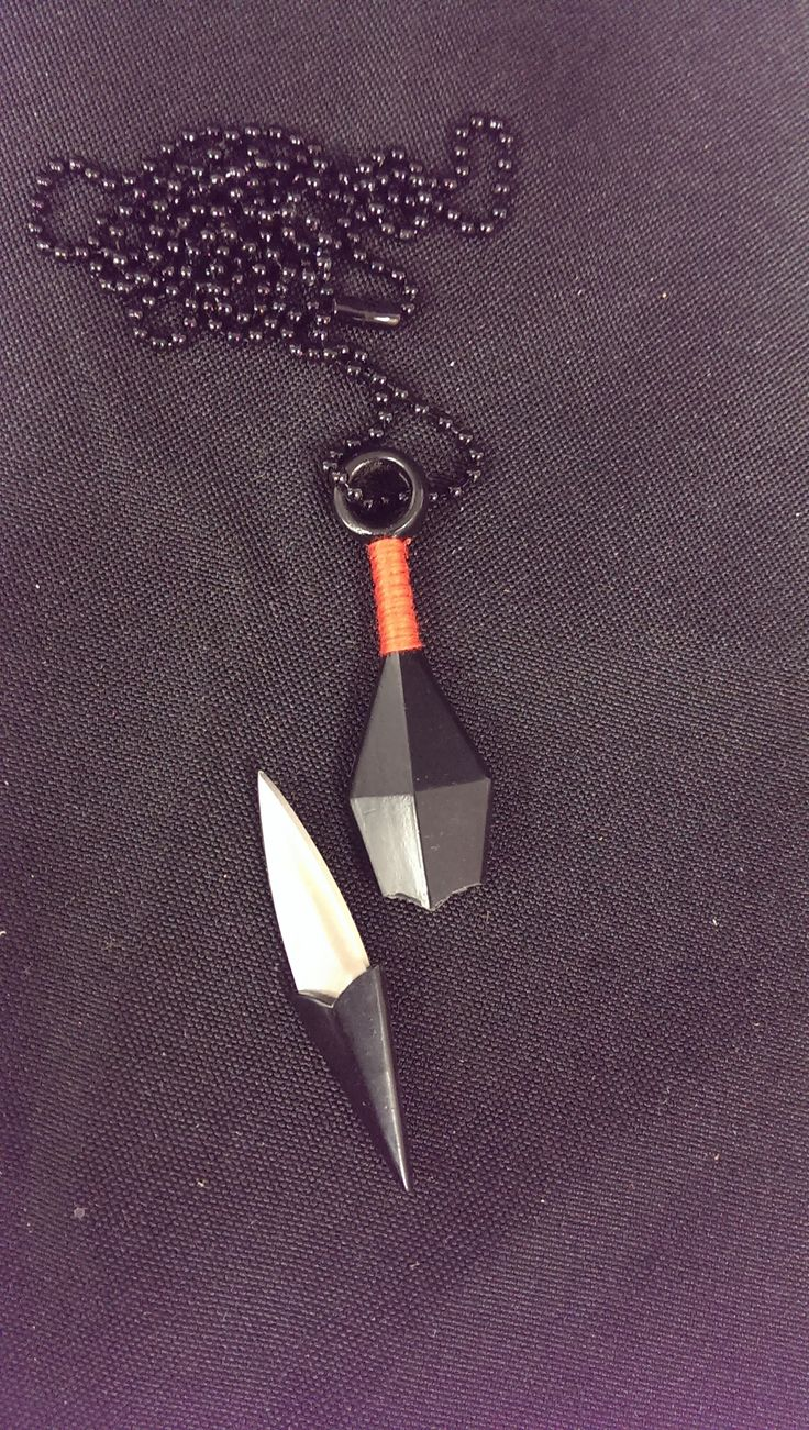 YC9010 Black Throwing Knife Necklace With Hidden Blade