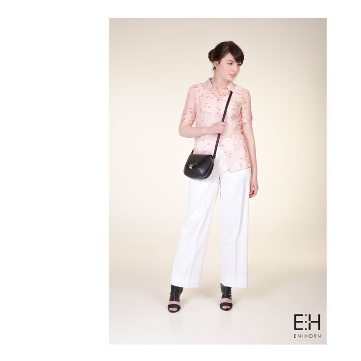 •E N I H O R N LOOKBOOK SS'17• Too #hot for everything but it's also #rainy? Perfect solution this #outfit ! 👗: FAYE FISH #blouse , GINGER #top , STEPHANIE #pants , LISANNE BLACK #bag . . #handbag #leatherbag #designer #hungarian #fashion #fishpattern #white #lookbook #ootd