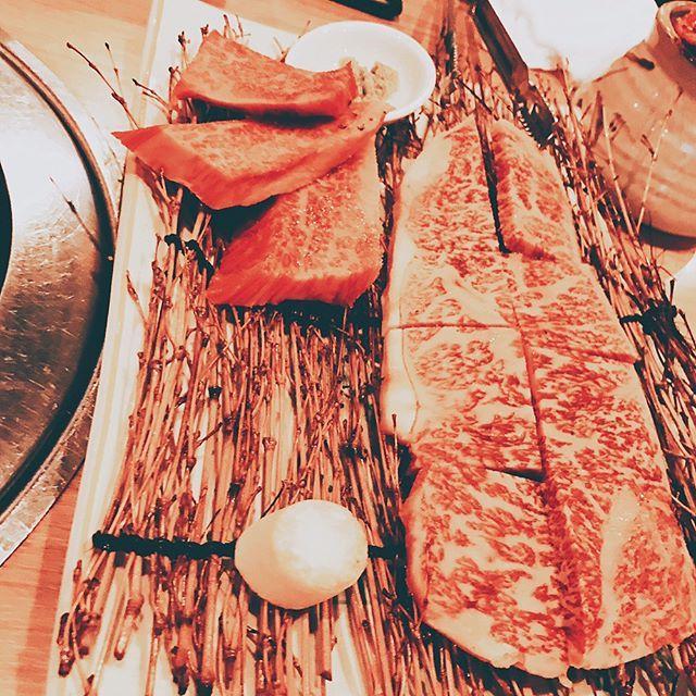 最近肉ばっかしっあわせー😊😊 #肉#焼肉#牛肉#韓国#韓国料理#ケジャン #かに#ワタリガニ #サーロイン#壺カルビ #ザブトン#ロース#牛タン#せんまいさし #炭#夜ご飯#昼ごはん#美味しいもの  #幸せ#ビーフ#小岩#roast#roastmeat  #Meat#Beef#Korea
