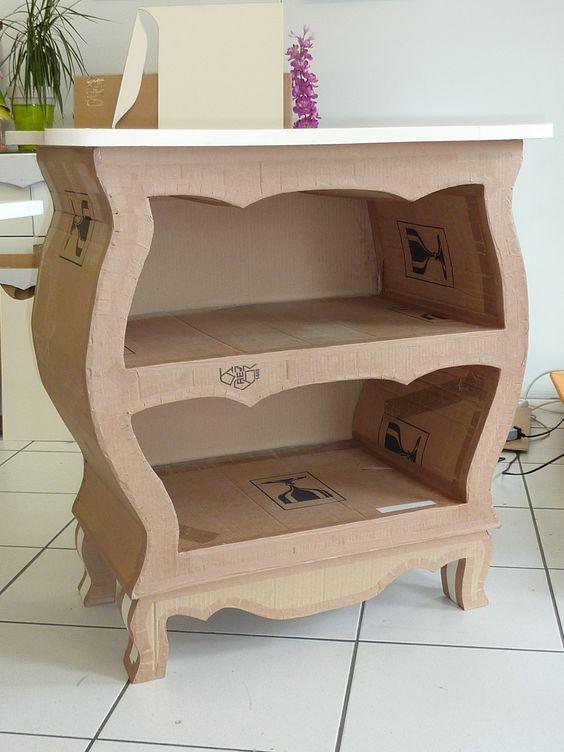 """Made of cardboard from l'Atelier cadre et déco . Commode réalisée par Syvette en stage . <a href=""""http://www.cadreetdeco.fr"""" rel=""""nofollow"""" target=""""_blank"""">www.cadreetdeco.fr</a> Cours de meuble en carton:"""