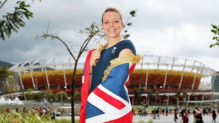 Kate Richardson-Walsh, captain of the first British women's hockey team to win an Olympic gold, carried the Union Jack at the closing ceremony in Rio