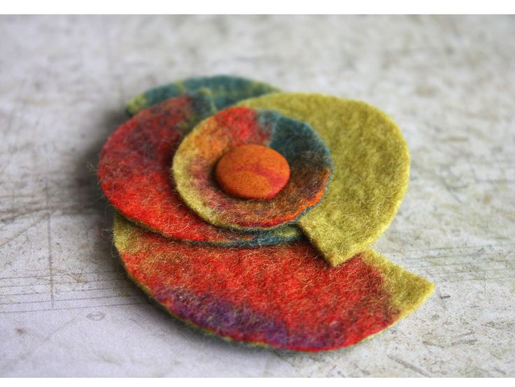Felt brooch | Flickr - Photo Sharing!