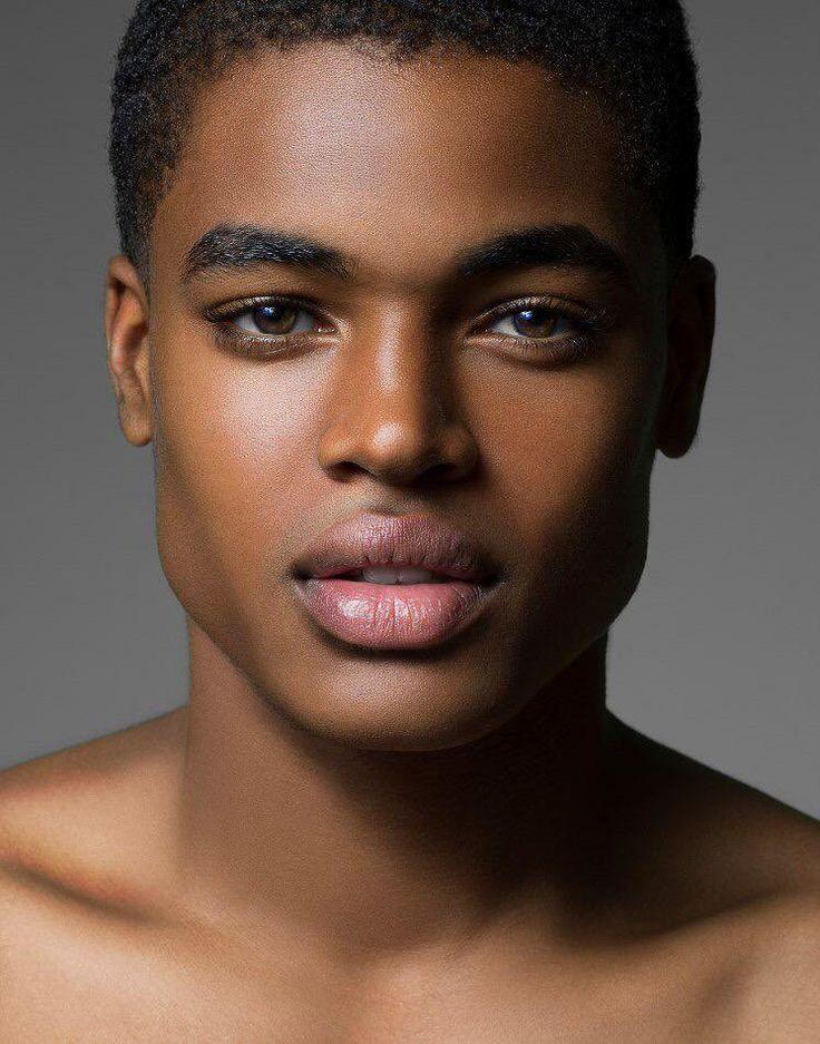 темнокожие модели мужчины фото вкусные