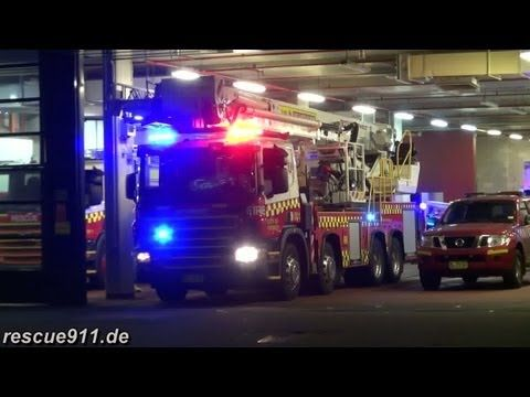 FRNSW - Sydney Central Fire Station appliance responding - YouTube