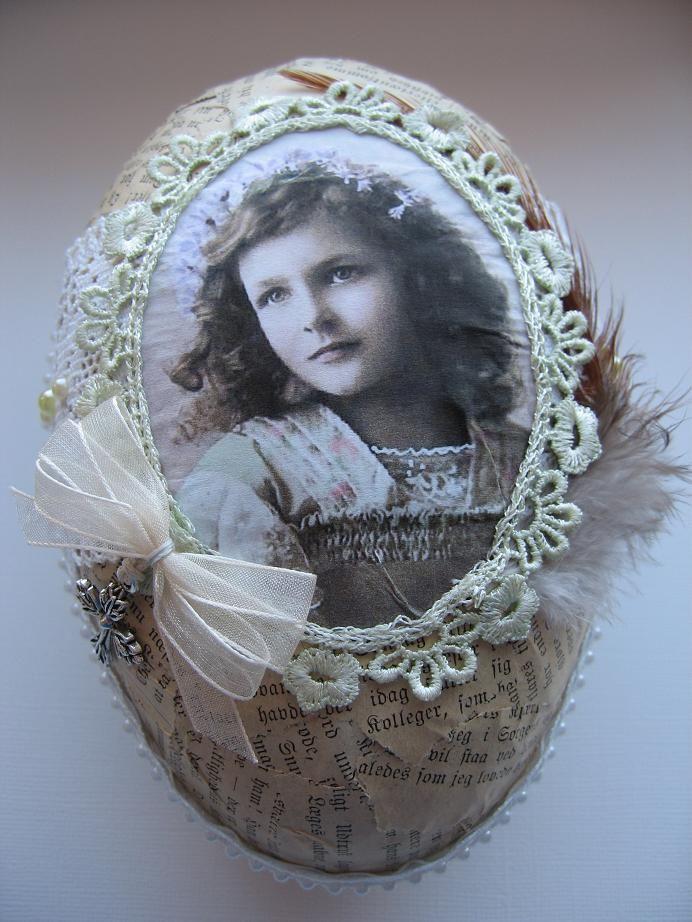 easter eggs with vintage pictures - Bing Afbeeldingen