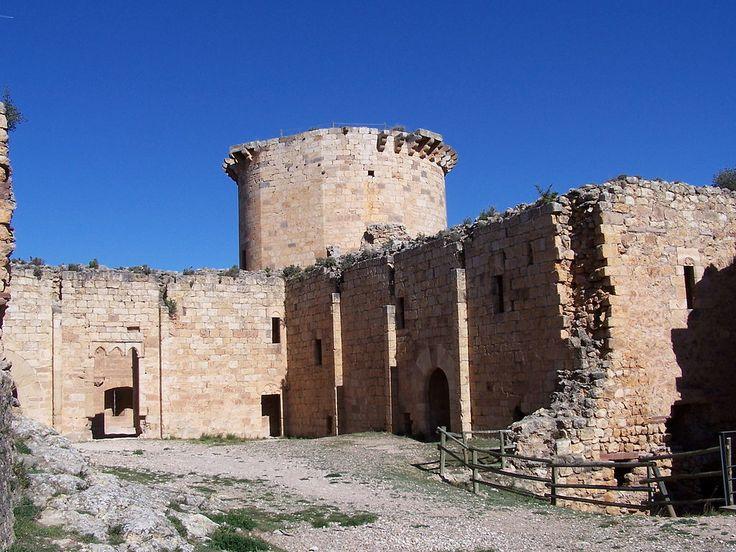 Zaragoza Castillo de Mesones, plaza de armas. -