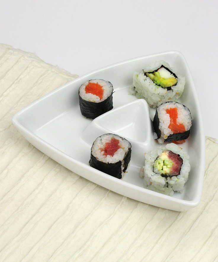 Sushi plate- Omniware Triangle Plate