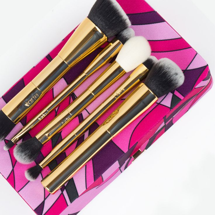 Magic brushes for your face! Our limited-edition tarteist™ toolbox brush set & magnetic palette is available now on tarte.com! #tartecosmetics #worksoftarte