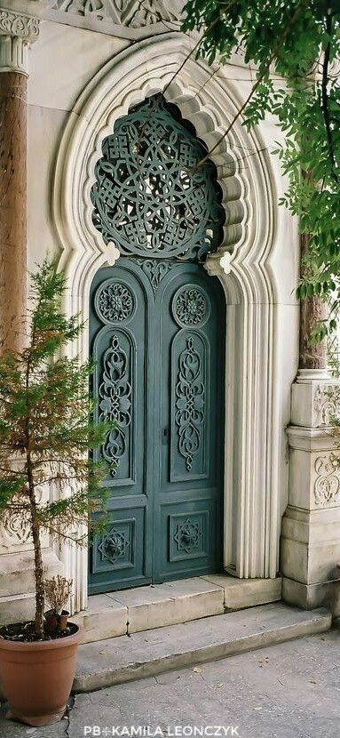 door in Istanbul, Turkey by Semih Emiroglu on 500 …