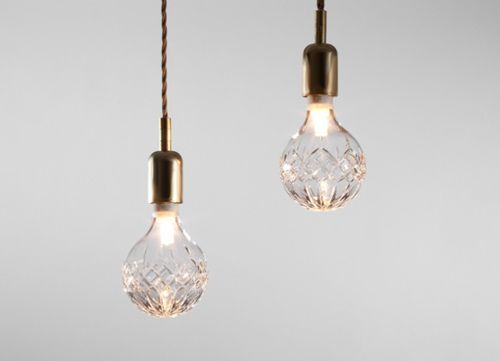 Exposed bulb pendant lighting has been popping up everywhere, but this Crystal Bulb lighting by Lee Broom is something quite special. Cutting crystal is a craft and an art. These hand blown bulbs are expertly created and carved