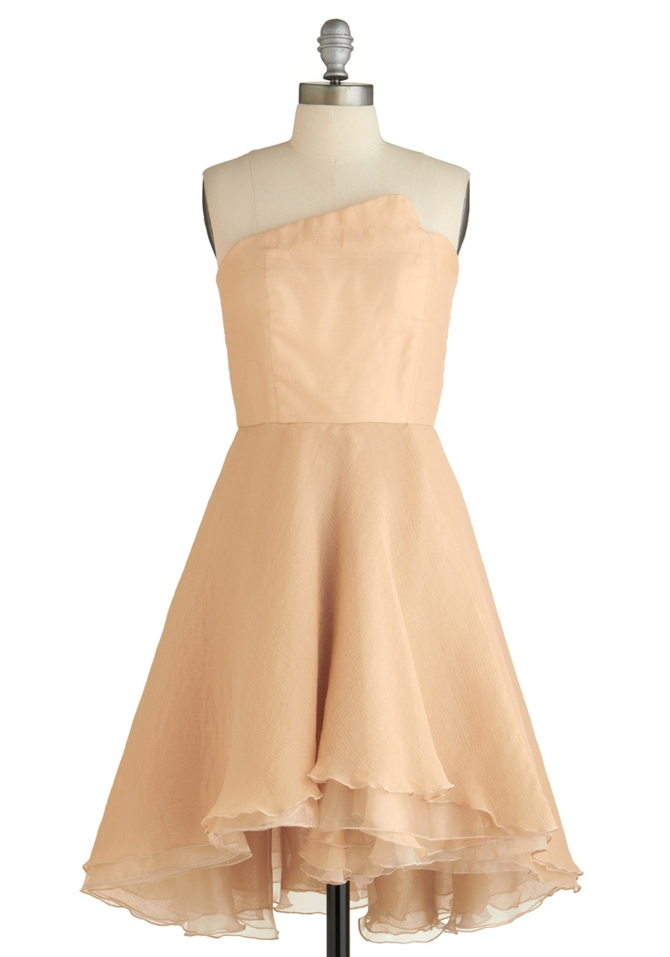 87 best mod cloth images on pinterest retro vintage for Pink champagne wedding dress