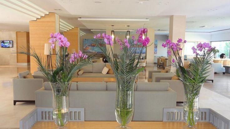 Lobby @ Hotel Turquoise.