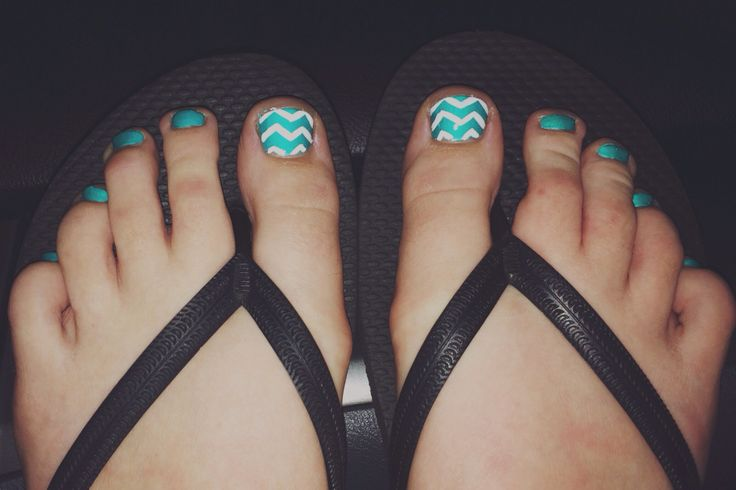 Teal chevron pedicure