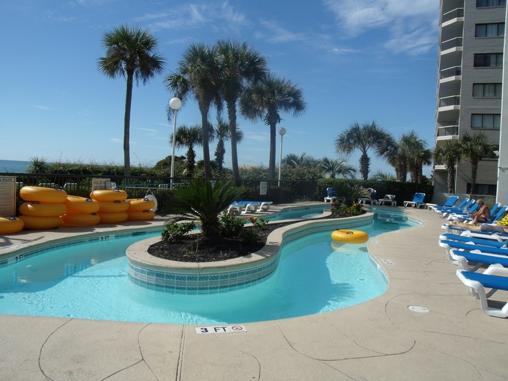 What a beautiful place to relax and unwind! Grande Shores's oceanfront pool is a great spot to soak up the South Carolina sunshine.