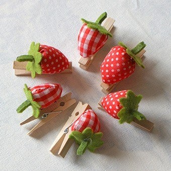 strawberry on clothes pins could add magnet and post info on refrigerator