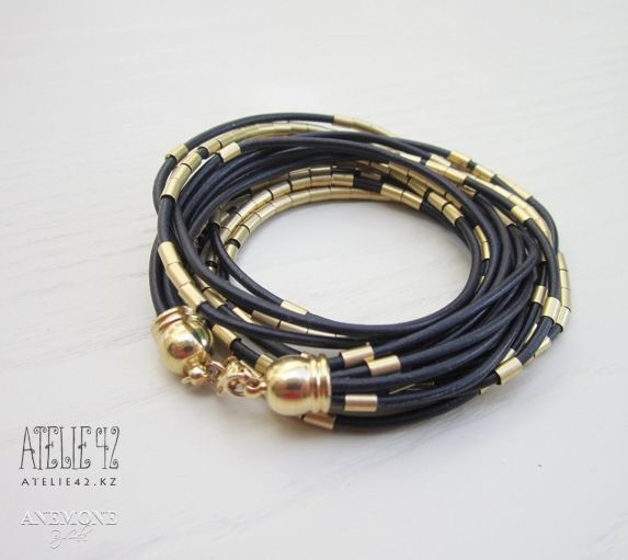 браслеты из кожаных шнурков