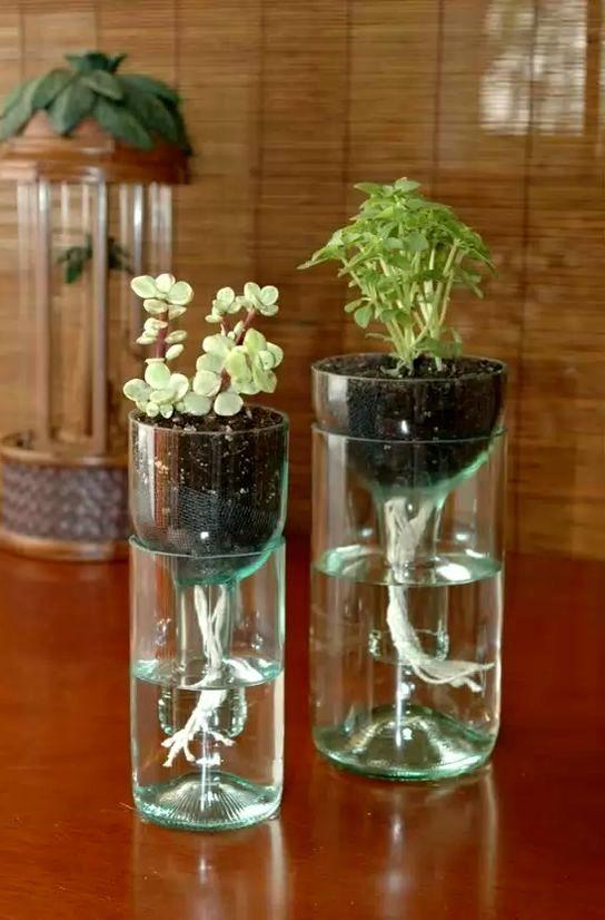 вазы из винных бутылок