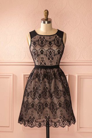 Hannie - Black lace and shimmering lining a-line dress