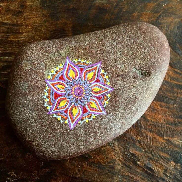 Mandala, soap stone, painted rock, spa gift, christmas gift, nature art by TheEarthyChild on Etsy https://www.etsy.com/listing/493386015/mandala-soap-stone-painted-rock-spa-gift