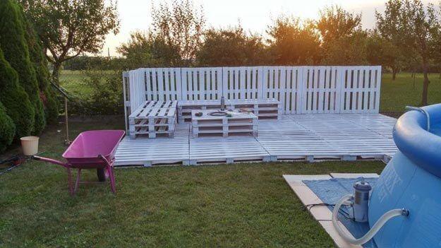 Sommer-Lounge aus Europalette, DIY Sitzecke, Gartenmöbel selber machen