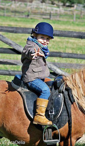 Fashion kids - for more photos with fashion kids - www.AcaDelia.ro
