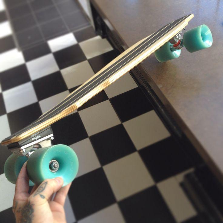 Ermanflink cruiserboard 1.0 #longboard #cruiserboard #ermanflink #ermanblixt #handmade #woodcraft #megaboard #skateboard