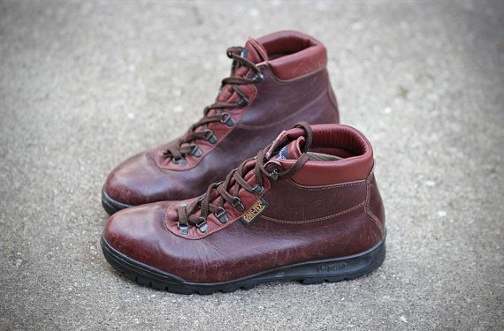 98ed32e7764 Vintage Vasque Sundowner Hiking Boots 1998 - Made in Italy ...