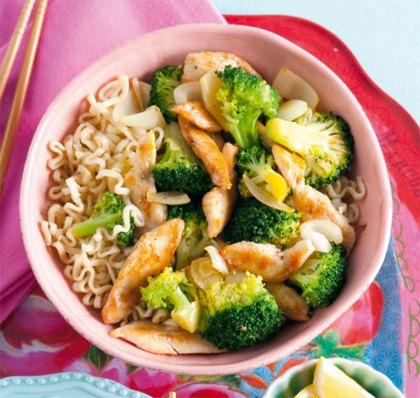 Recept voor roergebakken broccoli met kip