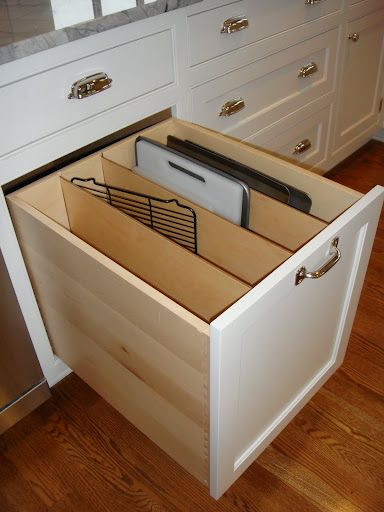 "aokat15's U-shaped kitchen: ""Here are the oversized drawers [by range] -- I don't usually keep the blender in the oversized pot drawer but lately my dh has been on a protein shake kick and he switched it out with the crockpot."""