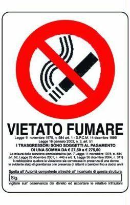 CARTELLO SEGNALE VIETATO FUMARE MM. 300 X 200 http://www.decariashop.it/targhette-segnaletiche/3217-cartello-segnale-vietato-fumare-mm-300-x-200.html