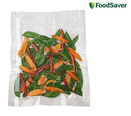 Foodsaver FSB3201 Vershoudzak 28x36cm € 17,95 Het exclusieve meerlagige materiaal voor intensief gebruik bewaart, beschermt, voorkomt vriesbrand en garandeert dat lucht en vocht het voedsel niet kunnen bereiken en aantasten. Daarnaast zijn de zakken geschikt voor koken, gebruik in de magnetron en sous-vide bereidingen. De voedselzakken zijn BPA-vrij!  32 stuks