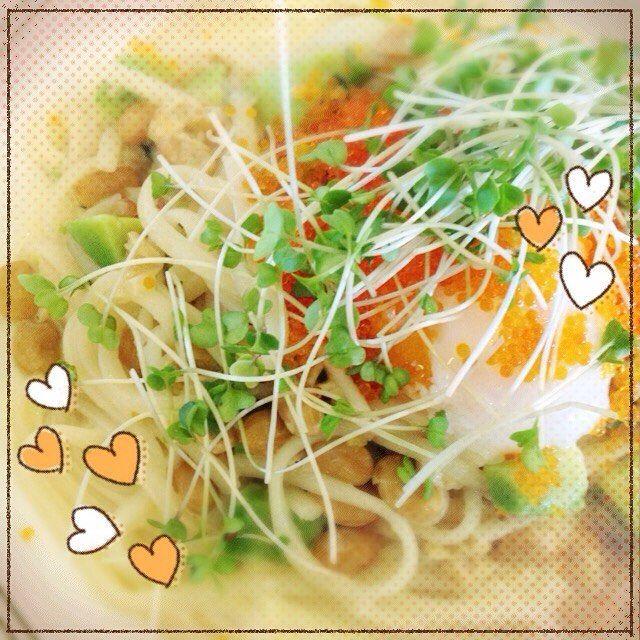 渋谷でランチ 見た感じはミモザっぽっい でもホントは納豆のパスタ すごいお天気朝とはまるで別の日のよう  I had lunch in Shibuya.Pasta is a kind of mimosa but it was made of fermented soybeans.  #KANAKO_no41  #アロマ調香女子 #アロマ #渋谷 #ランチ #ミモザ #パスタ #納豆 #春 #黄色 #SHIBUYA #lunch #Pasta #mimosa #yellow #Spring #color