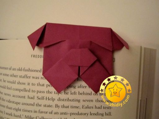 Bulldog origami bookmark photo tutorial