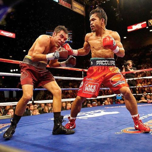 #OnThisDay: #MannyPacquiao savages the hollow remnants of #OscarDeLaHoya: http://www.boxingnewsonline.net/on-this-day-manny-pacquiao-savages-the-hollow-remnants-of-oscar-de-la-hoya/ 👉🏻LINK IN BIO🔝 #boxing #BoxingNews (at MGM Grand Garden Arena)