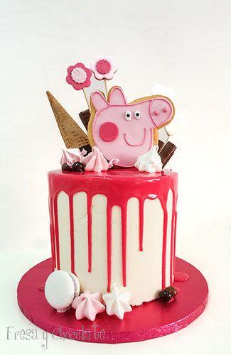 DRIP CAKE PEPPA PIG -- MOD. 1 - FRESA Y CHOCOLATE