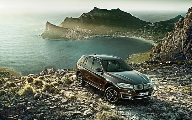 BMW X5 Has a Large Size Cabin Front Up View