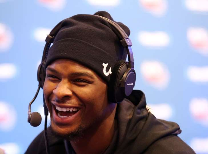 Pittsburgh Steelers running back Le'Veon Bell is interviewed on radio row at Moscone Center in advance of Super Bowl 50.