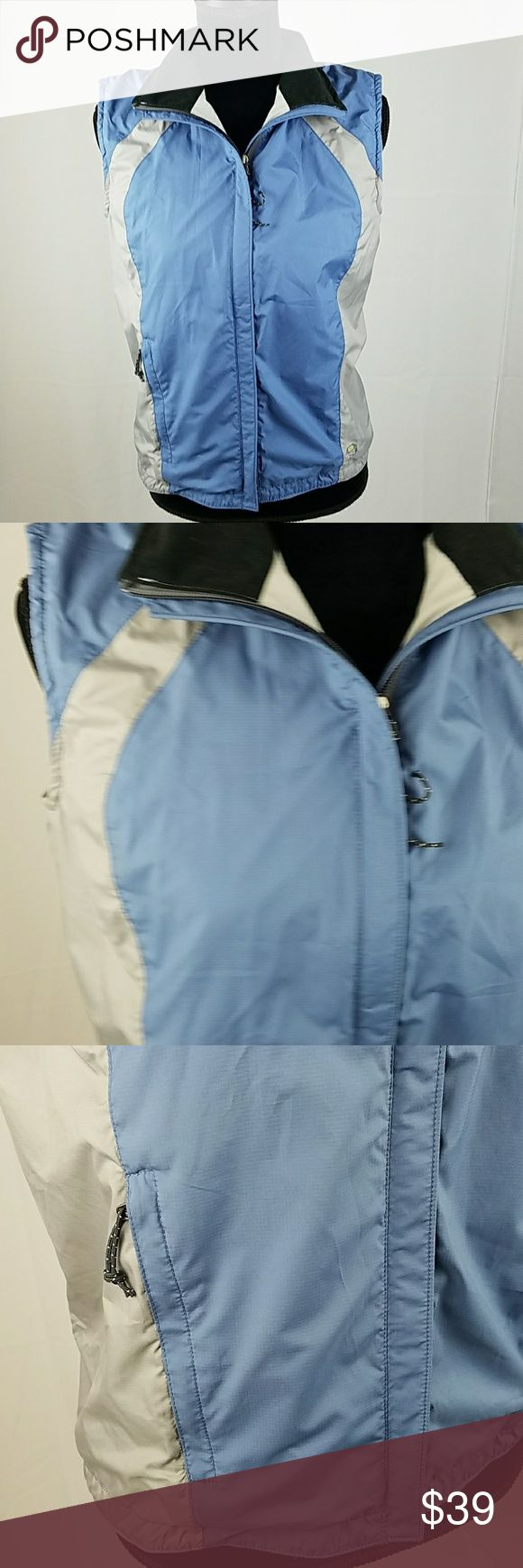 "Mountain Hardwear women S/P wind stopper vest Mountain Hardwear women S/P wind stopper vest outdoor hiking.  Under arm to under arm: 19"" Length: 26.5"" Mountain Hardwear Jackets & Coats Vests"