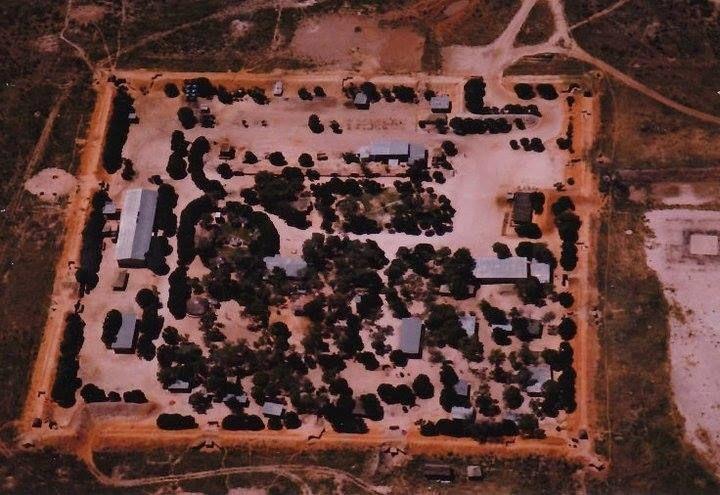 Omauni base