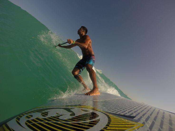 when it's braking.. it's braking... @kitensurfdubai  #supsurfing #supdubai #paddleboarding #paddleboardingdubai #sup #kitensurfdubai http://www.kitensurf.ae/sup-dubai/dubai-sup-surf/