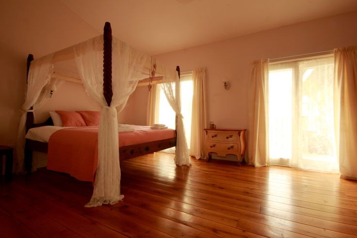 Bridal suite at the three towers eco house. Romantic four poster bed and a view from the balcony will make your Wedding a dream come true.