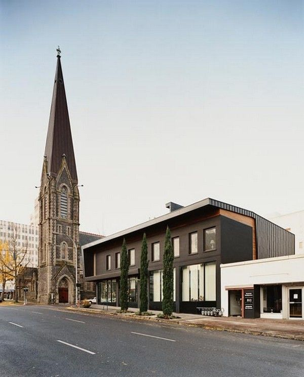 Impressive Modern Architecture Developed In Relationship To A Gothic Church