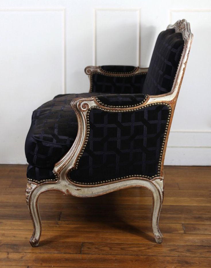 1000 id es sur le th me fauteuil louis xv sur pinterest for Meuble foliot
