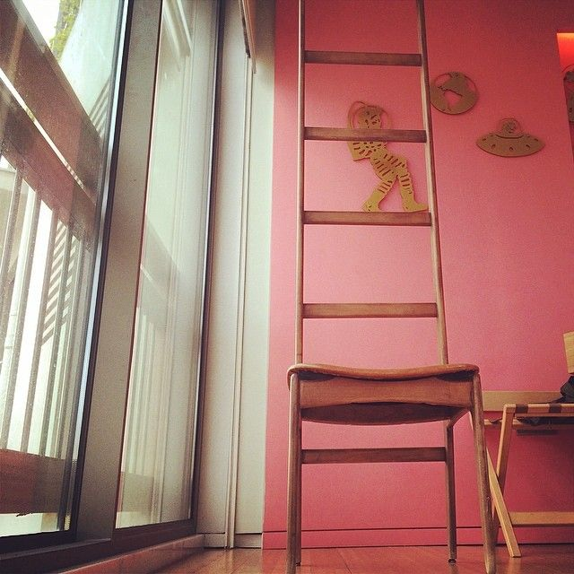 Part of #NEWHotel's Junior #Suite exclusive #design in an #artistic shot from our guest! #art #modern #folklore #yeshotels #athens