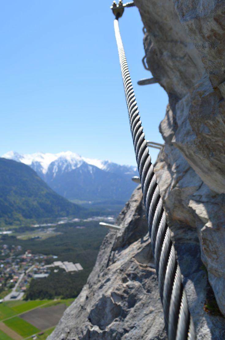 Klettersteig Geierwand bei Haiming in Tirol - hoch über dem Inntal klettert man hier durch eine herrliche südseitig exponierte Wand